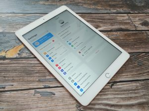 How Do I Sign out A Child's Apple ID from My iPad/iPhone?